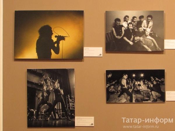 Фотовыставка «Время колокольчиков. Герои русского рока»